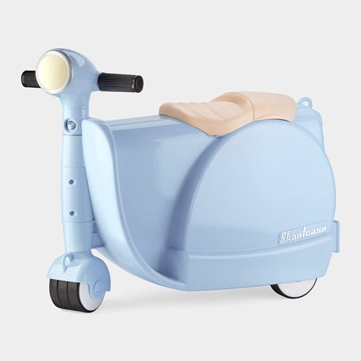 Skootcase - Kids suitcase that doubles as a scooter! ...Uhm, does it come in an adult version?