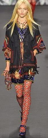 Anna Sui / High Fashion / Ethnic & Oriental / Carpet & Kilim & Tiles & Prints & Embroidery Inspiration /