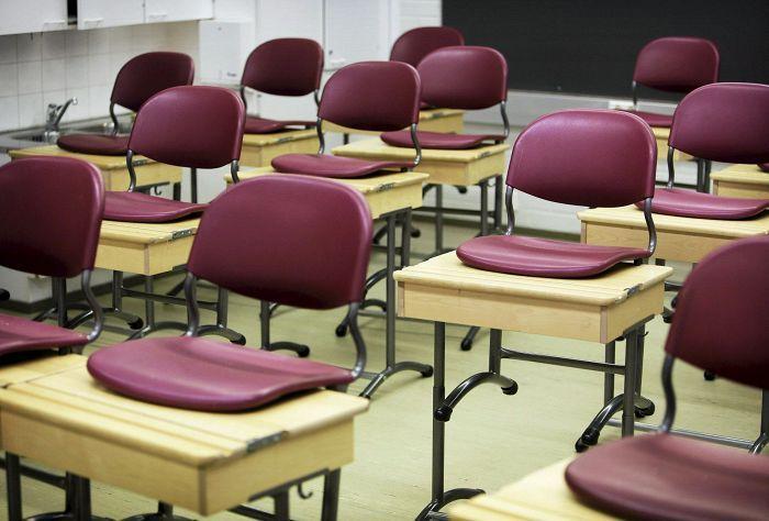 Nykyinen malli ei kansalaisaloitteen tekijöiden mukaan kohtele oppilaita yhdenvertaisesti eikä katsomusainetta saa valita vapaasti.