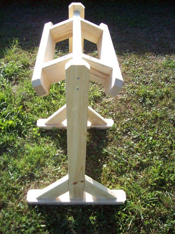 single saddle stand