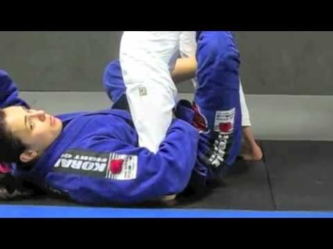 Footlock From X Guard Sweep with Michelle Nicolini - YouTube