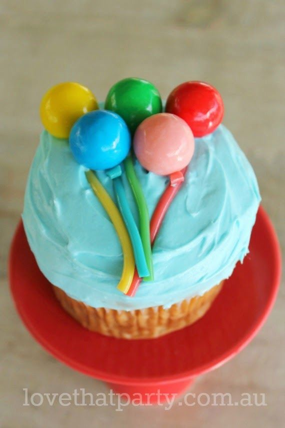 Easy Cakes With Baloon Decorations