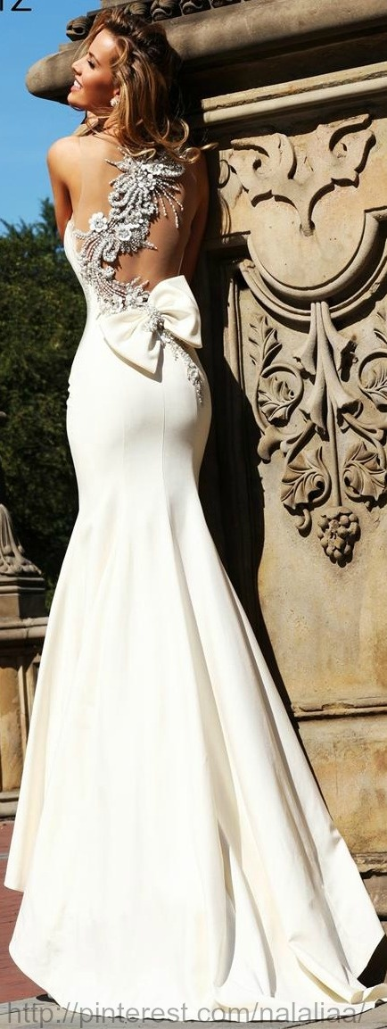 TARIK EDIZ EVENING DRESS, wedding dress. bridal gown white satin bow with train and silver embellish beads