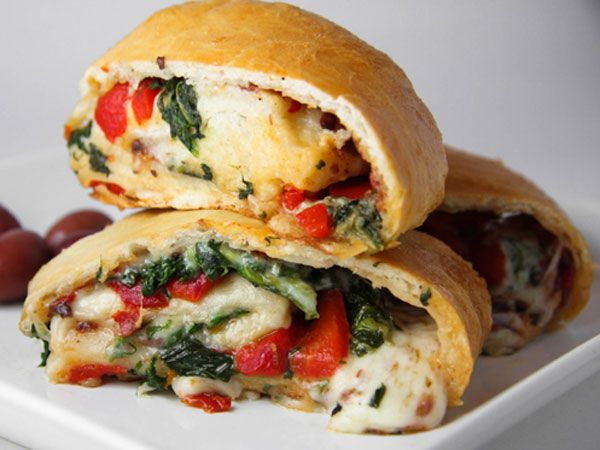Roasted Vegetable Stromboli http://www.philly.com/philly/blogs/healthy_kids/Healthy-game-day-recipes-Stromboli.html