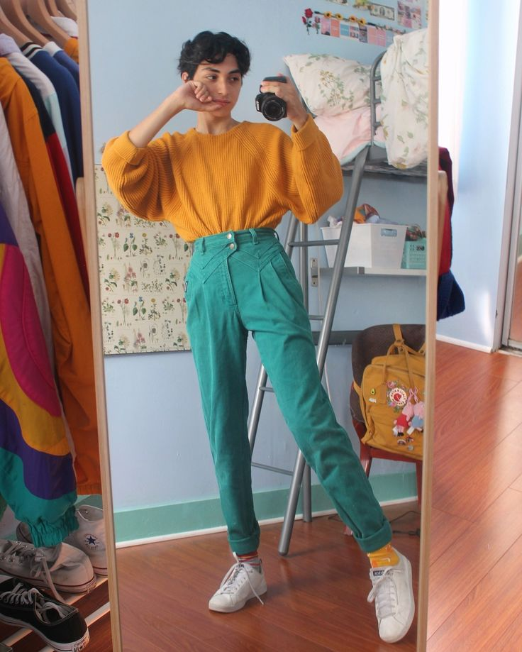 alex 🌻♂ — clothes are all thrifted/vintage 🤠💛 | Ubrania grungeowe, Tumblr moda, Stylizacje