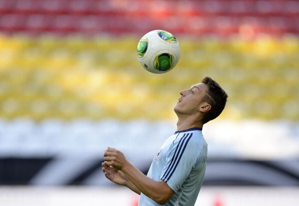 Germany's midfielder Mesut Oezil controls the ball during the final training's session of the German national football team in the arena in Munich, southern Germany, on September 5, 2013 on the eve of the FIFA 2014 World Cup group C qualifying football match Germany vs Austria