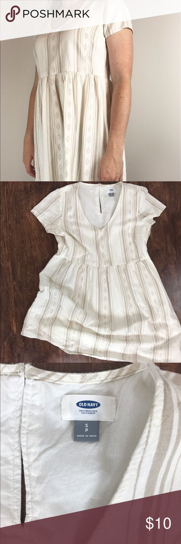 Old Navy Tribal Print Dress Adorable cream and tan tribal print dress. The perfect festival dress! Old Navy Dresses