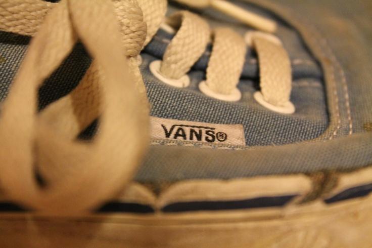 Vans, authentic