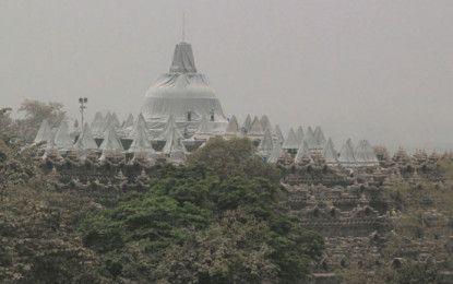 Temple Prambanan, Borobudur and Ratu Boko temporarily closed because Kelud Eruption.