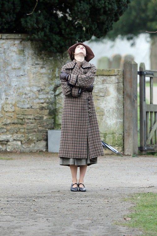 downton abbey seaon 4 | Downton Abbey Season 4 filming - Downton Abbey Photo (33768167 ...