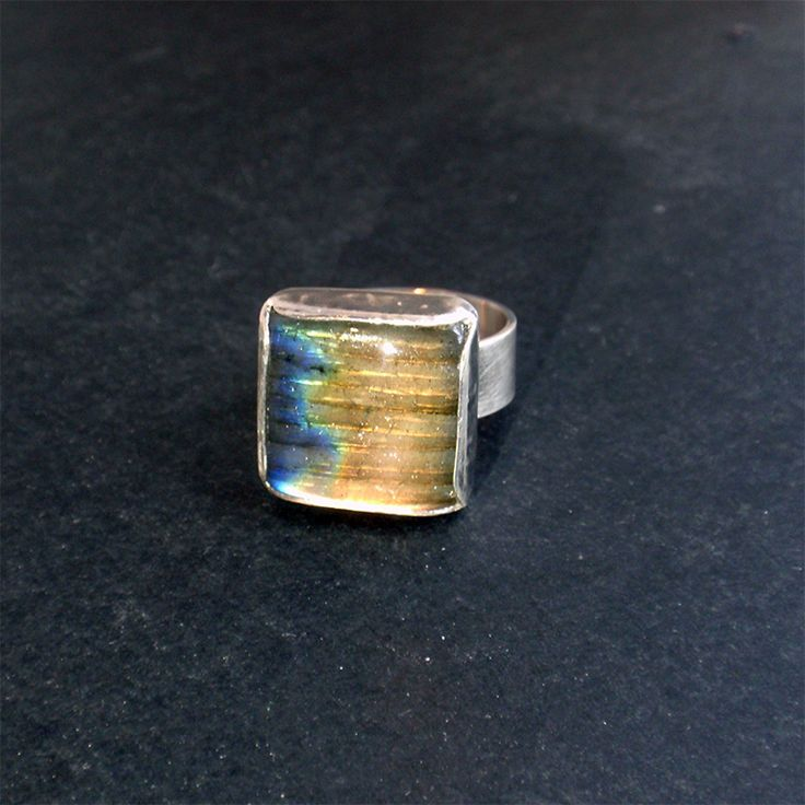Sterling silver ring with natural labradorite