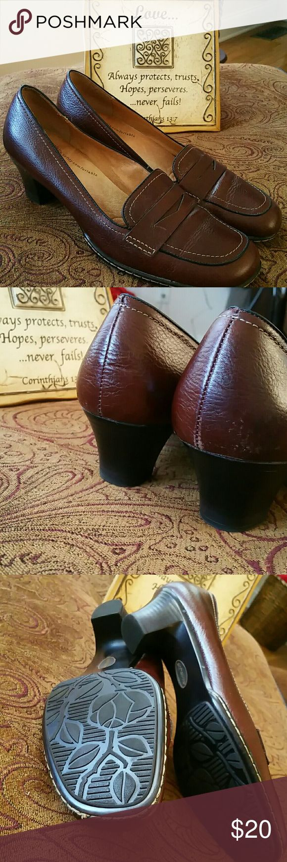 Brown leather low heel loafers Softspots leather loafers. Extremely comfortable. EUC, great for work if you're on your feet a lot! softspots  Shoes Flats & Loafers