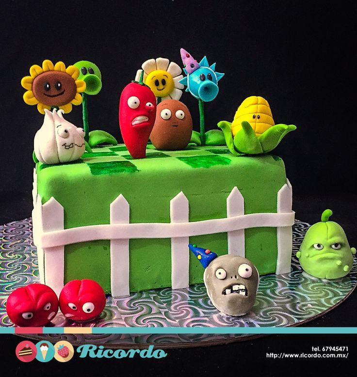 #MiercolesDeGaleria  Plantas vs Zombies  Un delicioso pastel de fondant para los…