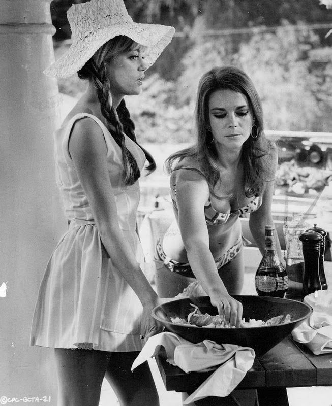 Natalie Wood with Dyan Cannon