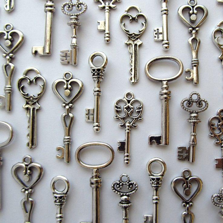 Mohoo 19 Pcs Antique Vintage Key Different Style Skeleton Key Set ...