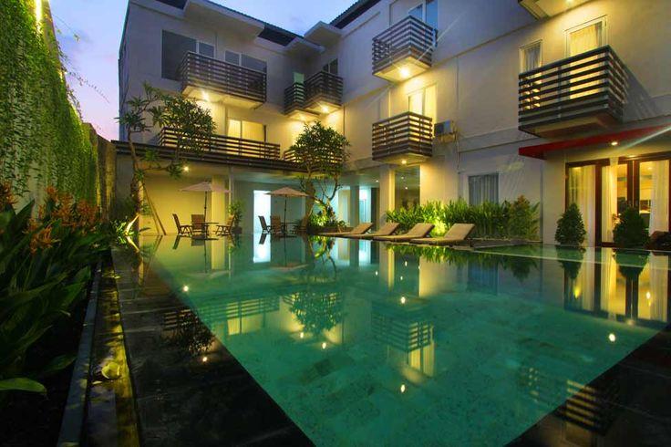 Litus Rinaya Canggu - Swimming Pool at Night