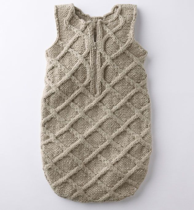 Knitting Pattern Sleeping Bag : Modele gigoteuse 41% laine - Modeles Layette - Phildar Baby knit Pinteres...