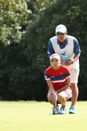 撮れたて!トーナメントLIVE PHOTO NOBUTA GROUP マスターズGCレディース(no51210) ツアー情報   ゴルフのポータルサイトALBA.Net