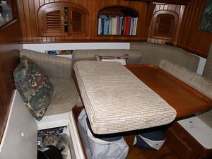 Phew - eee!!! 10 tested tips to rid your boat of unwanted odors.