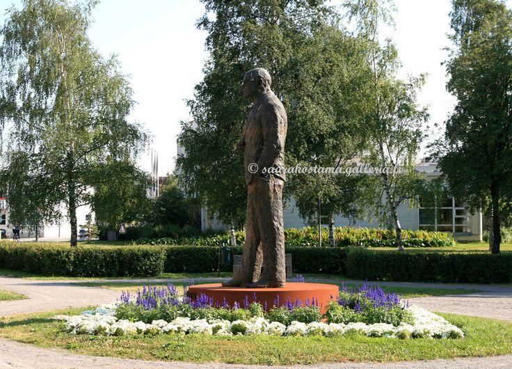 Kekkosen patsas - Raahe