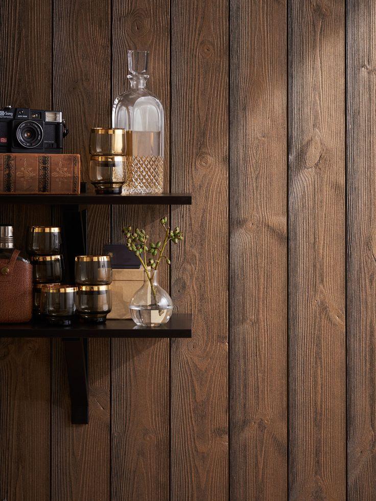 Moelven Tindra, brons. Den borstade ytan står i kontrast till den djupa, intensiva färgen. Tindra Brons skapar ett spännande uttryck i modern såväl som lantlig inredning. Passar både som stående och liggande väggpanel och i tak.