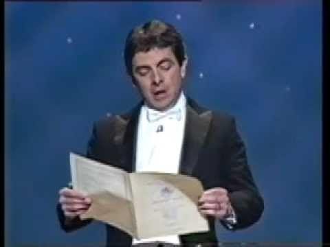 Rowan Atkinson singt Freude schöner Götterfunken