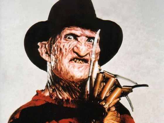 Ich habe:9 von 10!  - Erkennst du diese Horrorfilme nur anhand der Kleidung?