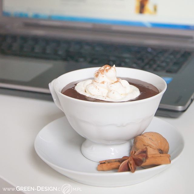 Filiżanka endorfin na dzień dobry  #beautifulday #photooftheday #instaphoto #instadaily #greendesign #greendesign_office #landscapearchitecture #architekturakrajobrazu #landscapearchitect #yummy #photooftheday #poland #bialystok #hotchocolate #spicy #sweet #sogoood