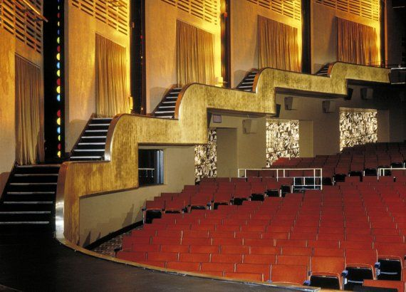 Radio city music hall new york united states rent for No fee rentals nyc