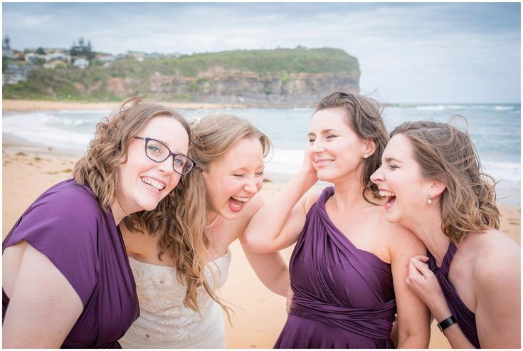 Natural wedding photography - capturing those moments of laughter in Mona Vale, Sydney