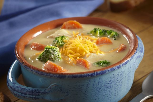 Enjoy the rich flavor of our Slow-Cooker Chicken and Broccoli Cheese Soup today. You can prep this chicken and broccoli cheese soup in only 15 minutes.