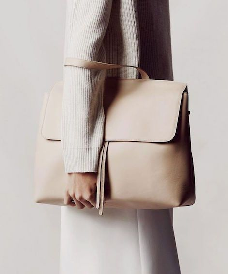 Nude leather handbag // minimalist