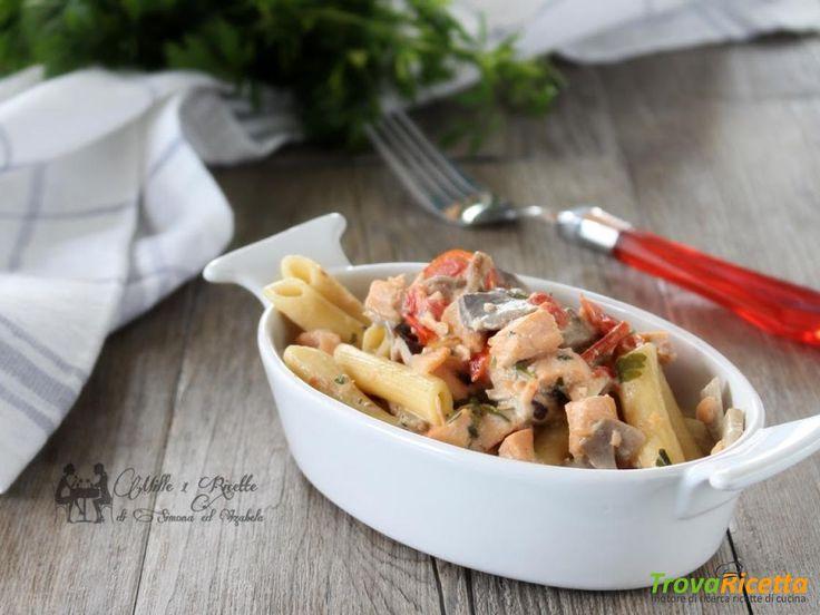 Pasta cremosa con Salmone fresco e funghi  #ricette #food #recipes