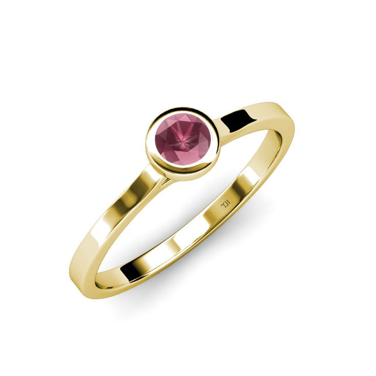 Start off the New Year with vibrant garnet, the January birthstone. Discover garnet designs - FREE Shipping in US #love #gift #birthstone #rhodolite #garnet #finejewelry #trijewels