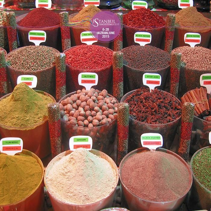 The harmony of the colors in Mısır Bazaar... Another must-see in the city! #istshopfest #şehrinengüzelzamanı