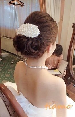 ボンネの洋装アップから華やか和装へ大変身の花嫁さま♪ |大人可愛いブライダルヘアメイク『tiamo』の結婚カタログ