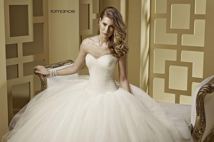 GLAMOUR ROMANCE-21 abiti da sogno, per #matrimoni di grande classe: #eleganza e qualità #sartoriale  www.mariages.it