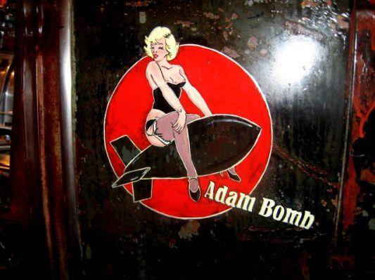 File:B-17 Yankee Lady nose art