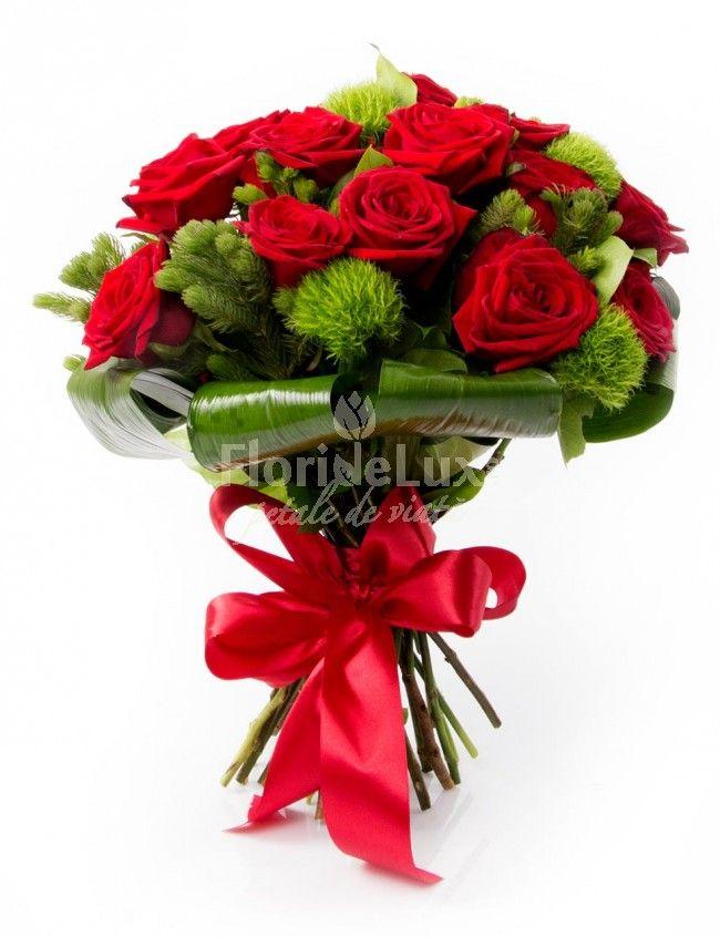 Buchete de trandafiri absolut senzational de frumosi, doar la #floridelux! ✔Atent aranjati ✔Fresh si parfumati ✔Colorit elegant echilibrat ✔Decoratiuni speciale ✔ Livrare flori gratuita oriunde in Romania ✔ Felicitare cadou de lux ✔ Poza martor pe email inainte de livrare ✔Flori care rezista pana la 14 zile --> https://www.floridelux.ro/buchet-trandafiri-rosii-si-green-trick.html
