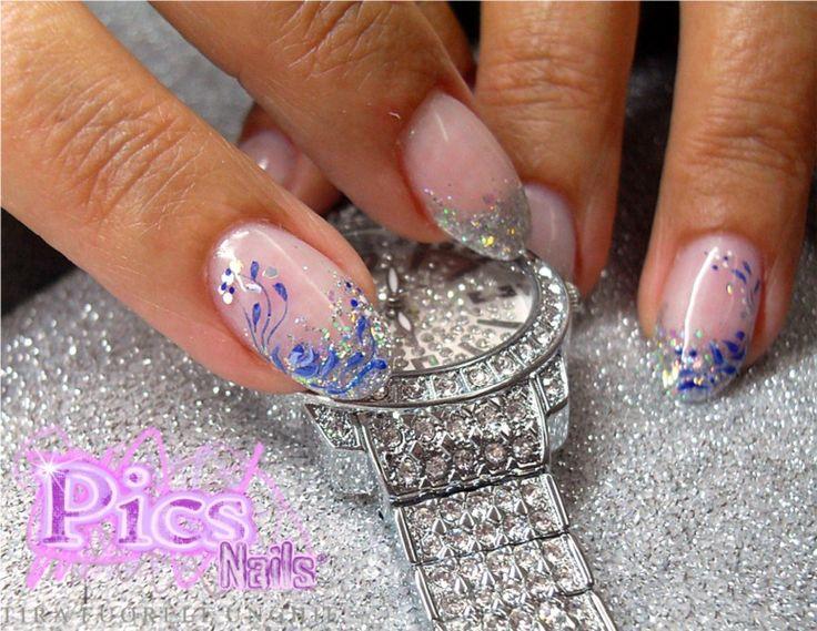 Decorazione Unghie e Pittura in Miniatura: mani perfette e di tendenza con Pics Nails!