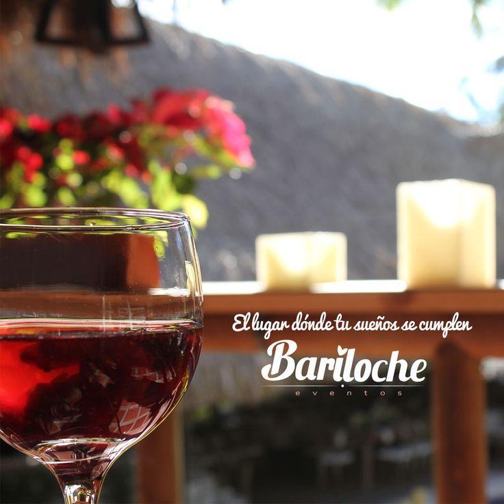 Bariloche es el lugar donde tus sueños se hacen realidad.  Programa tu cita para conocernos. Contáctanos: 300 619 3941.  #EventosBariloche #ExperienciaBariloche #Bariloche #Bodas #Eventos #BodasCampestres #Wedding #WeddingPlaner #BodasColombia #EventosSociales #NoviasMedellín