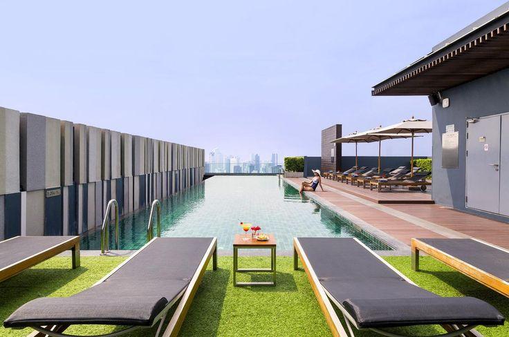 Mercure Bangkok Siam Swimming Pool