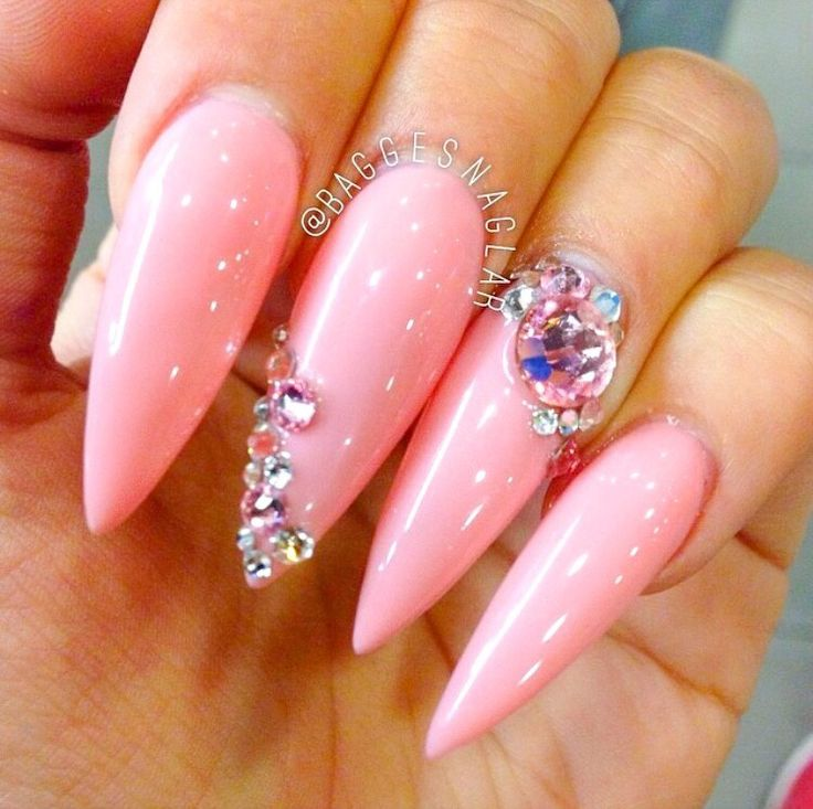 ✨ By: @baggesnaglar ----------------------------------------------------------- #nails #nail #fashion #style #hudabeauty #cute #beauty #beautiful #instagood #pretty #girl #girls #stylish #sparkles #styles #gliter #nailart #opi  #essie #unhas #preto #branco #rosa #love #shiny #polish #nailpolish #nailswag #anastasiabeverlyhills