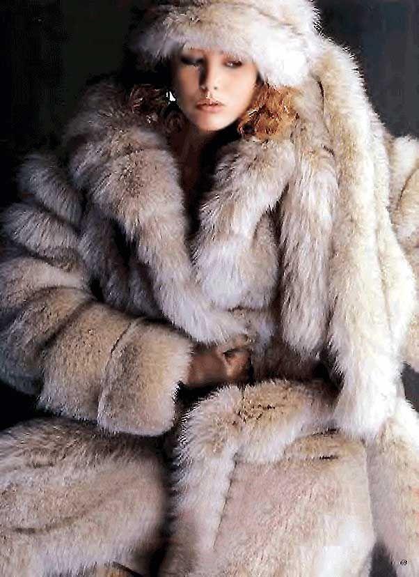 397 best Fur-Fashion images on Pinterest   Fur fashion, Fur coats ...