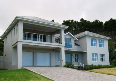 luxury self catering holiday home in Hermanus find the link to our website from our newsletter