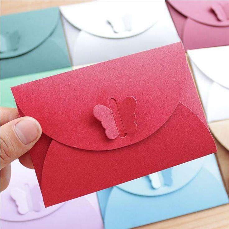 Купить товар10 шт./лот Мода Дизайн бабочка пряжка Мини конверты Конверты крафт бумаги Vintage Романтический Бумажные конверты Подарок 736 в категории Конверты почтовые бумажныена AliExpress.   размер: 10.5*7 см отправлено В Случайном. если Нравится, Что Дизайн Пожалуйста, Оставьте Сообщение&n
