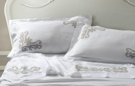 Intarsi Collection Martina Vidal Bed Linens: designed and made in Italy with the extravagant care