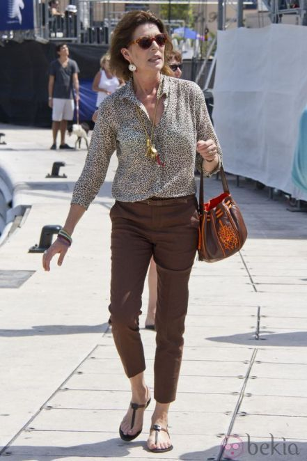Carolina de Monaco all fashion Love the jewelry with this casual stylish look !: