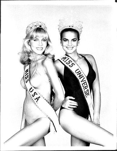 Shawn Weatherly Miss Universe 1980 (USA) and Maritza Sayalero Miss Universe 1979 (Venezuela)