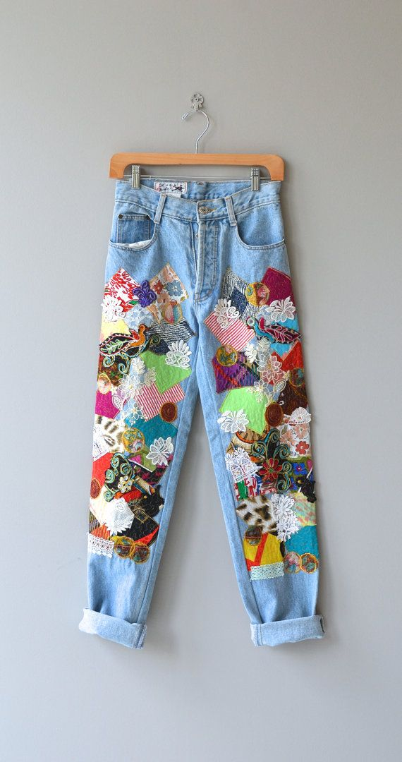 Vintage 1980s, early 1990s light wash jeans with very elaborate and colorful patchwork front legs and high waist. --- M E A S U R E M E N T S --- fits like: xs/small waist: 26 hip: 37 length/inseam: 32 rise: 11 brand/maker: Its a Charlie condition: excellent To ensure a good fit, please read the sizing guide: http://www.etsy.com/shop/DearGolden/policy ➸ Visit the shop ✩ http://www.DearGolden.etsy.com _____________________ ...